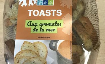 Toasts aux aromates de la mer